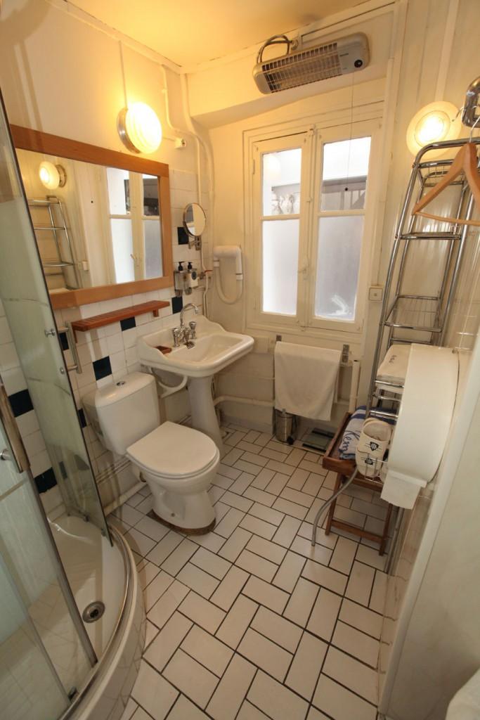 Le Duplex : salle de bain basse