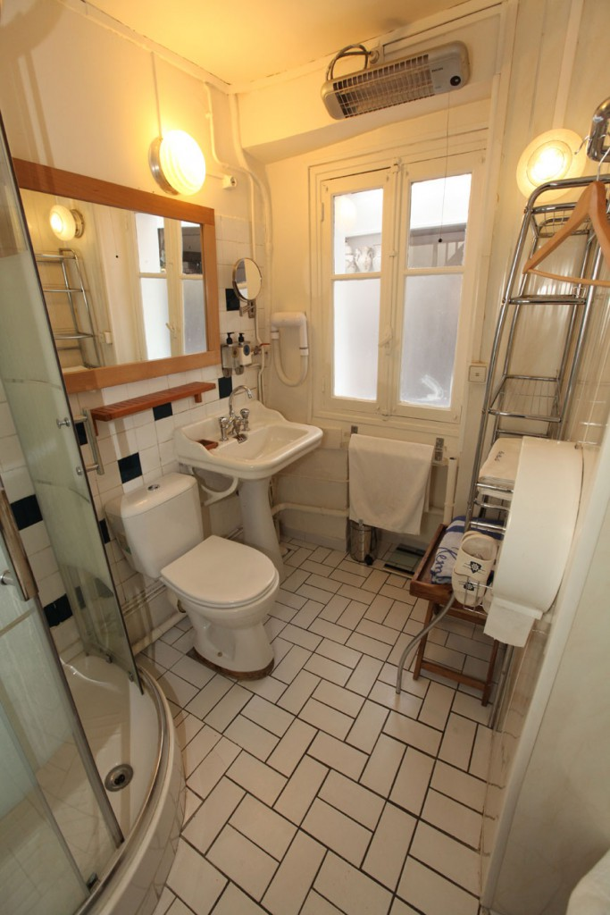 Le Duplex : unteres  Badezimmer