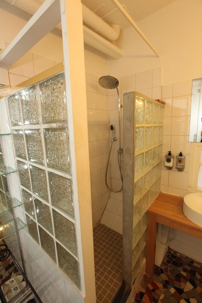 Le Duplex : oberes  Badezimmer